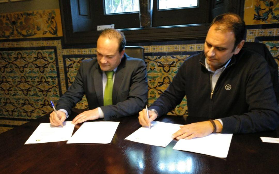 ANGEREA Y AGRESUR firman un acuerdo de colaboración para velar por el cumplimiento de una gestión adecuada de los residuos de automoción en Andalucía.