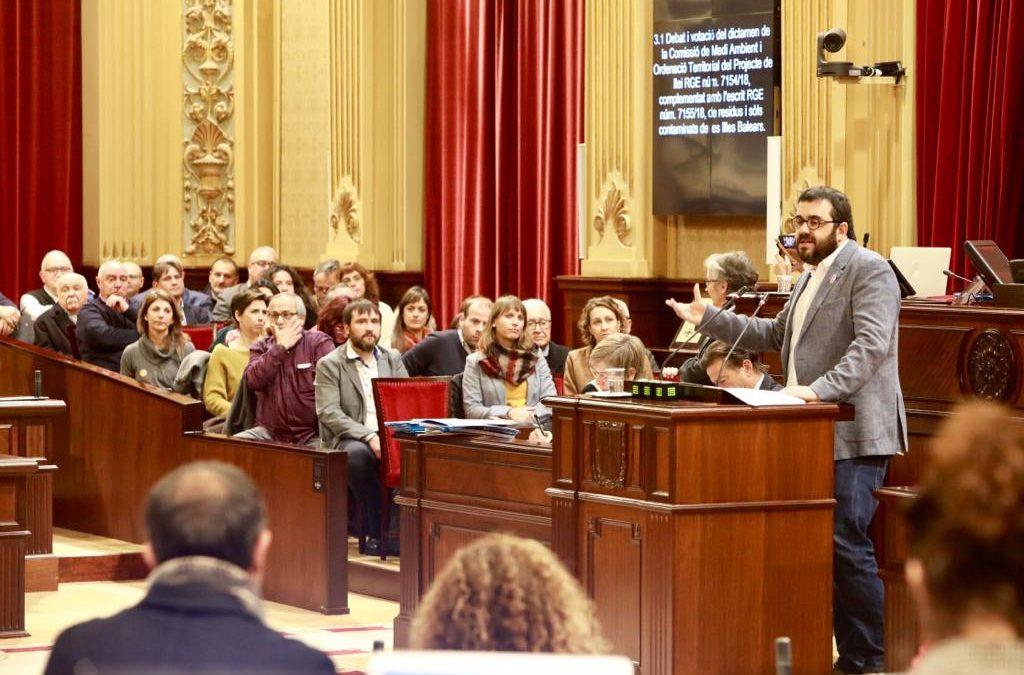 Aprobada la primera Ley de residuos de las Islas Baleares